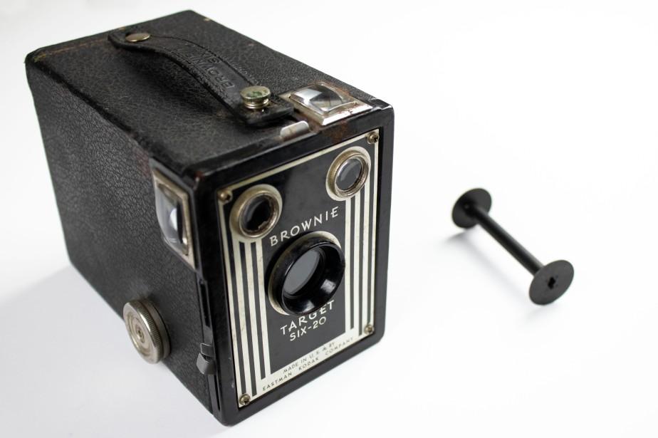 The Kodak Brownie TargetSix-20