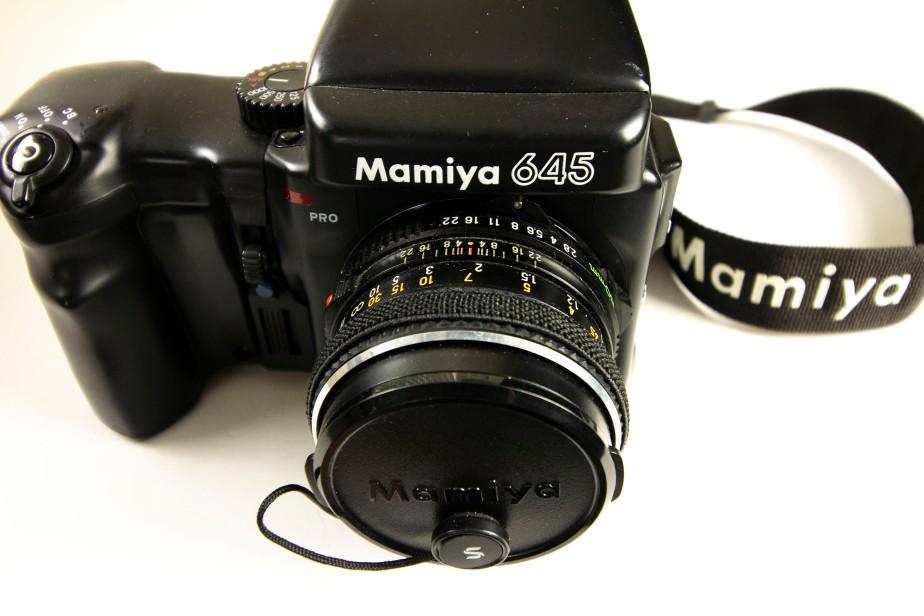 Mamiya 645 Pro Camera